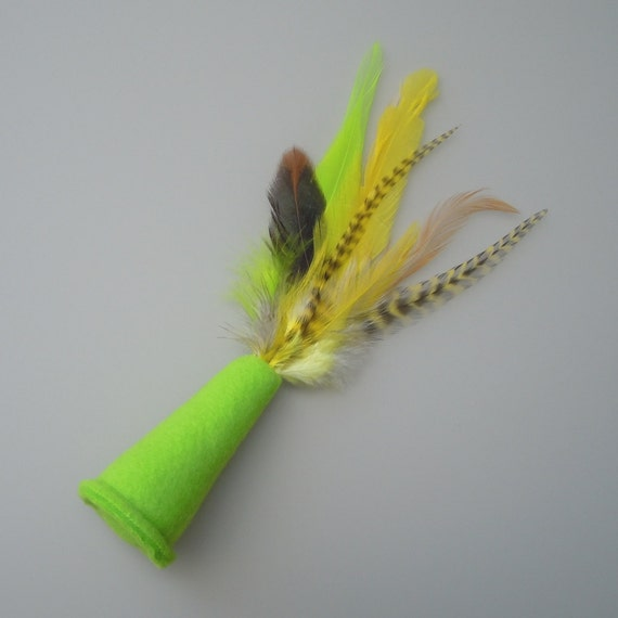 Catnip Cat Toy Lime Green Fleece Party Hat with Yellow Feathers