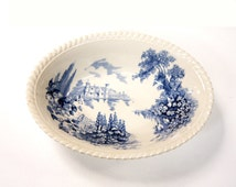 Pie Dish Johnson Brothers Castle on the Lake 1950s