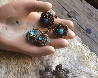 3 Pair Of Vintage Screwback Earrings That Shimmer