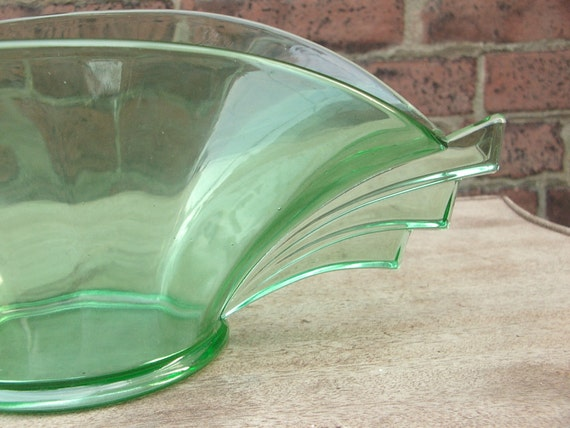 Antique 1920's LARGE Green Depression Glass bowl, Art deco bowl, Centerpiece bowl, Antique glass bowl, Art deco decor wedding gift for bride
