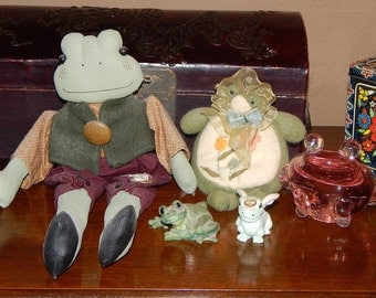 Vintage Frog Collection