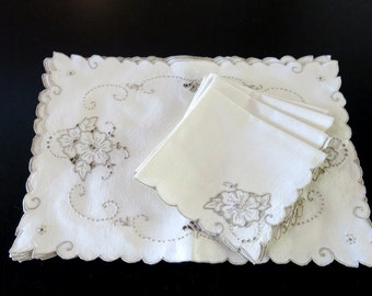 4 Ivory Linen Placemats Napkins Madeira Taupe Cut Work Embroidery 527a