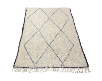 Large Vintage Moroccan Beni Ourain Rug with Grey Diamond Design