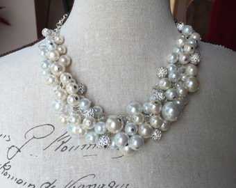 Pearl statement necklace, wedding jewelry, chunky Pearl necklace, bridesmaid jewelry