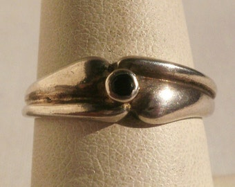 Vintage Sterling Silver Ring-Size 7