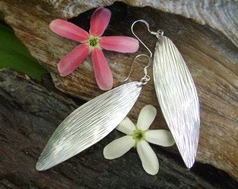 Hilltribe Silver Ornament - The Twist Earrings (2)