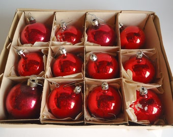 12 Vintage Mercury  Glass Christmas Ornaments Red 1940's