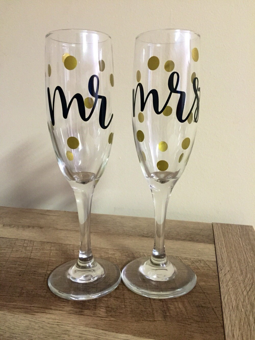 mr mrs champagne flutes glasses black with gold dots. Black Bedroom Furniture Sets. Home Design Ideas