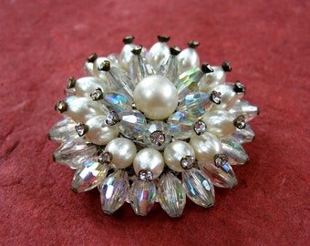 Vintage Crystal Faux Pearl Cluster Brooch Rhinestones Vendome Unsigned Hand Wired