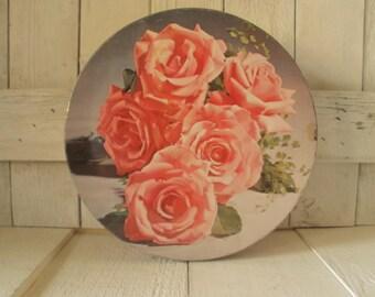 Vintage metal tin round pink roses retro design 1960s