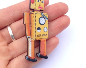Yellow Orange Robot Vintage Toy Wooden Brooch Pin Gift Laser Cut for Boys Birthday Parties Childrens Kids Party Badges