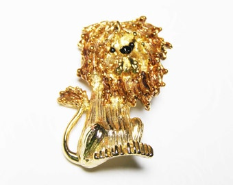 Gerry's Lion Brooch -  Cute Signed Vintage Jewelry, Fun Figural Animal Pin