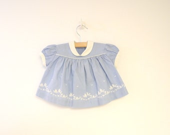 Vintage Baby Clothes, 1950's Kate Greenaway China Blue and White Baby Girl Dress, Vintage Baby Dress, Blue Baby Dress, Size 0-3 Months