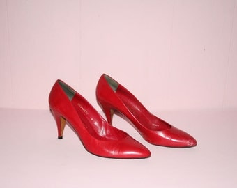 Red Pumps/ Halston III/ 1980's/ size 9