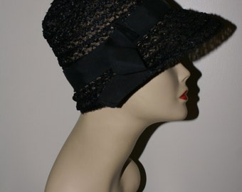 VINTAGE BLACK CLOCHE Style Straw Hat, 1920's Flapper Art Deco Style 1950's Hat