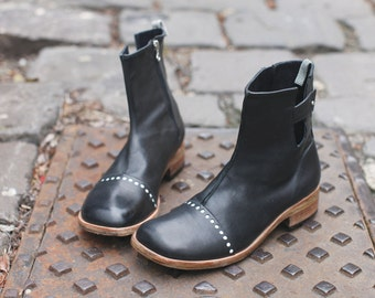 Boots Black with brogue