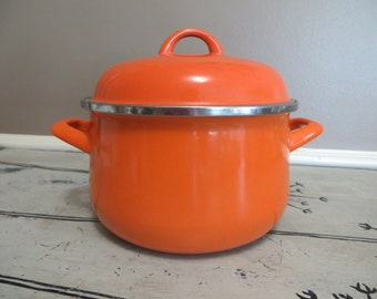 Covered Pot Orange Cookware Pots and Pans Stovetop Pot with Lid Orange Kitchen Retro Kitchen  Enamelware Orange Enamel