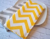 Set of 2 Cotton Kitchen Towels, in Yellow and Grey