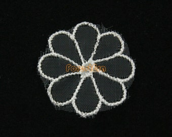 20 Pieces White Lace Appliques Floral Embroidered Patches Flower Patches 30mm (LACE28-25039)