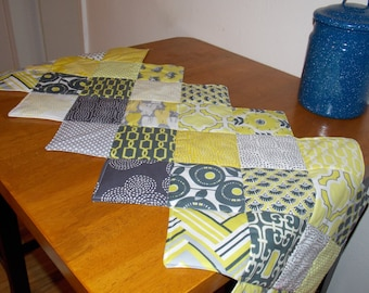 Patchwork quilted tablerunner.  Citron gray table decor.