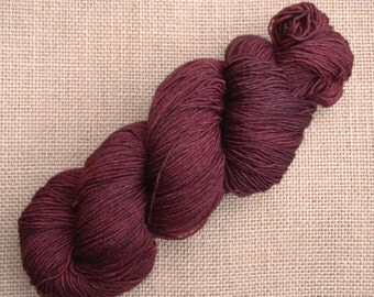 """Hand dyed British Bluefaced Leicester/nylon sock yarn in """"If you're gonna be dumb"""""""