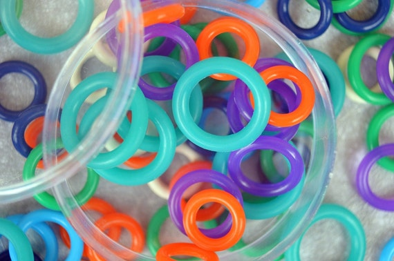 Rubber Bumpers stitch markers