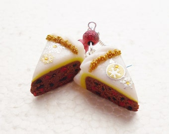 Christmas cake / Iced Fruit Cake earrings. Polymer clay.