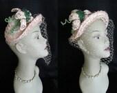 Vintage 1940s WW2 Pink Straw Bonnet w/ Straw Lily Flower Seed Beads