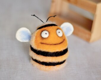 Needle felting - Felt toys - Felt doll - Figurines - Handmade toys - Eco friendly - Personalised gifts - Gifts for her - gifts for men