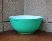 Pyrex Primary Green Mixing Bowl 403