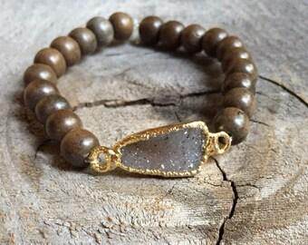 Druzy and graywood stretch bracelet