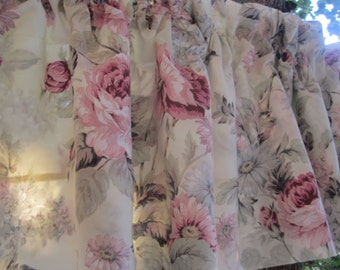 Faded Shabby Valances in soft tones Cottage roses Long sold in pairs 2 pairs available