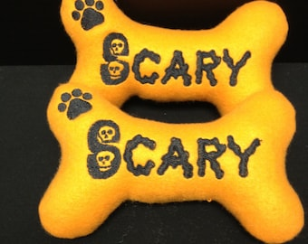"""Halloween Bone Toys  with squeaker """"Scary"""""""