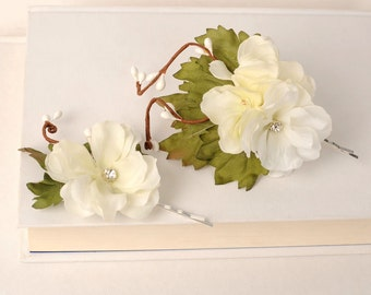 Flower Hair Pins, Ivory Flower Clips, Floral Bobby Pins, Wedding Hair Pieces, Woodland Flower Hair Pins, Bridal Hair Accessories, Hair Pins