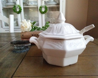 Vintage California Pottery Soup Tureen with Wheat Pattern