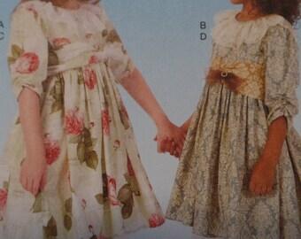 Children's/Girls' Dresses, Belt and Petticoat-  McCalls 7075 - Sizes 6-8