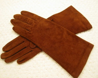 vintage firebrick brown genuine suede leather gloves . . ladies size S . . gauntlet length . . gently worn . . . .   lined with antron nylon