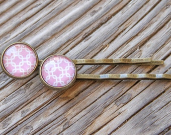 2 Bobby pins made with glass cabochon
