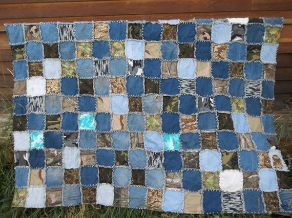 Camo and denim twin size rag quilt.