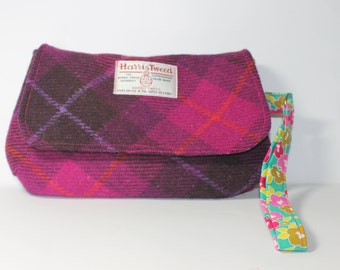 Harris Tweed purse, wristlet clutch, large clutch bag, pink Harris tweed Tartan fabric