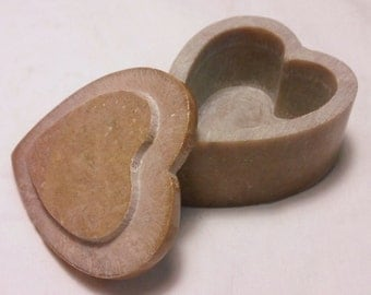 Vintage Heart Shaped SoapStone Jewelry Trinket Box Mother of Pearl Inlay