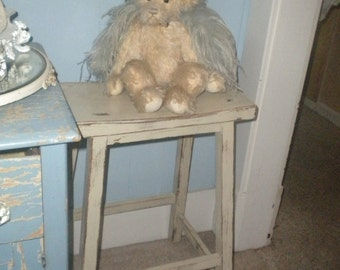 Up cycled stool. Eclectic Decor, Shabby Chic