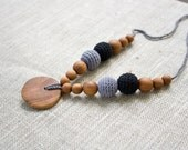 ORGANIC COTTON Nursing Necklace, Breastfeeding, Babywearing, Teething Necklace, Black, Grey, Apple Wood - FrejaToys