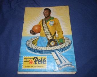 1965 Pele sticker album #2 - brazil football soccer - Instantaneos da vida do rei pele - cards