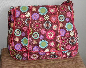 Messenger bag, floral purse, Nice size, with piping and flap,by Florence