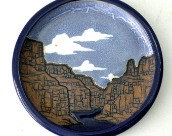 "1986 Mark ""Arne"" Arnegard Round TILE Bowl Lg Bowl Dish Plate 6in dia 3D Grand Canyon Scene Hand Thrown and Signed Southwestern USA Potter"
