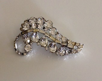 Vintage diamond rhinestone sparkly leaf pin brooch