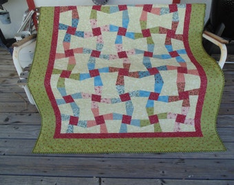 Colorful Old-Fashioned Look Pinwheel Lap Quilt