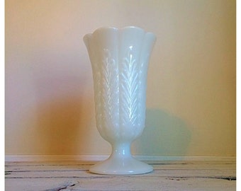 Vintage EO Brody milk glass bud vase / Vintage wedding / wheat design milk glass vase / cottage decor / gift for her / floral bouquet vase