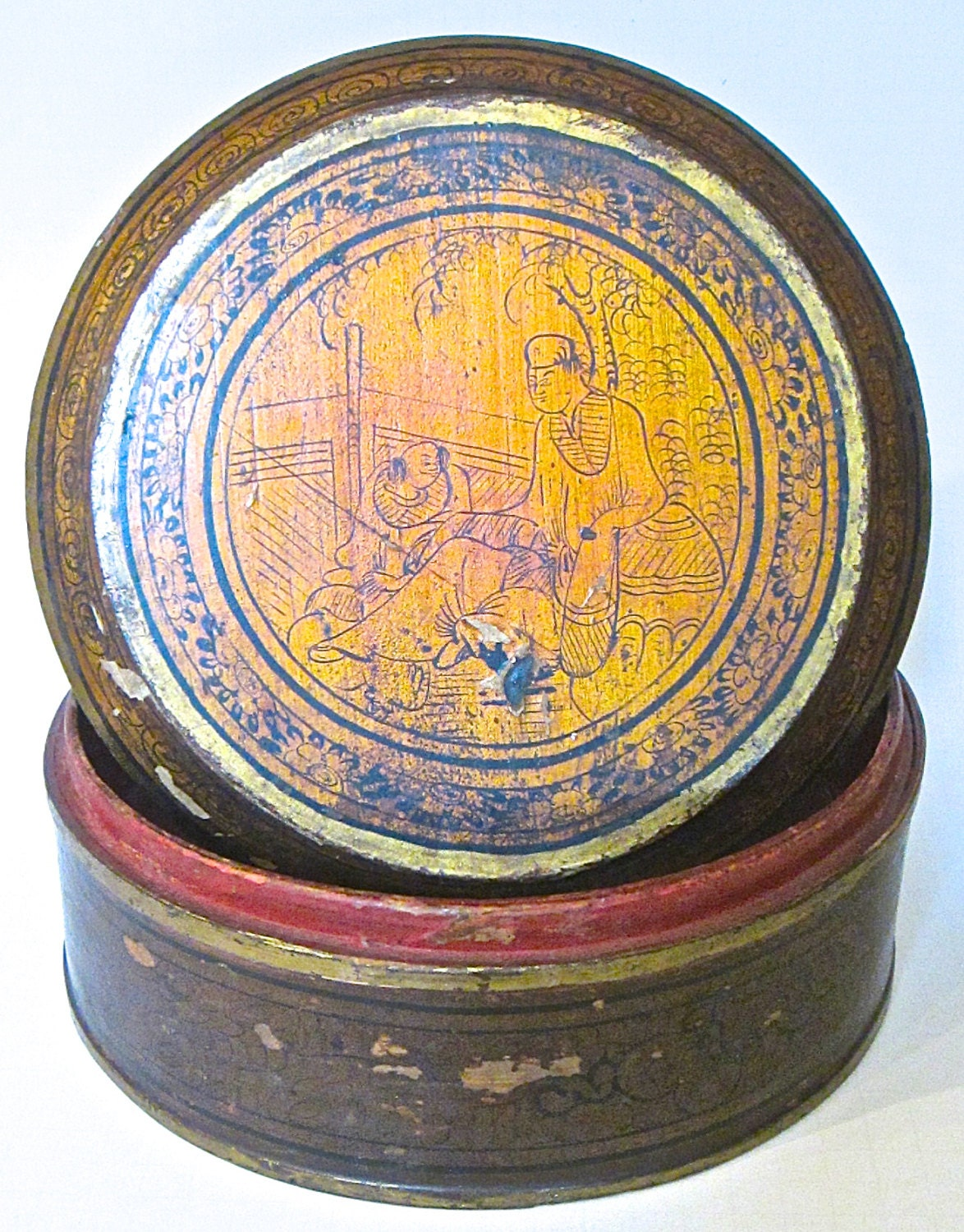 antique chinese lacquered 10 round box with lid 18th. Black Bedroom Furniture Sets. Home Design Ideas